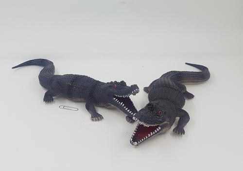 Crocodile Plastic 30cm 2 colour