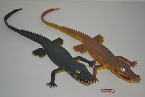 Crocodile Plastic 47cm 3 colour