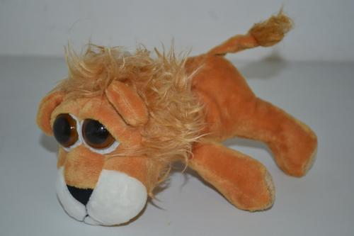 Big Eye Lion 19cm