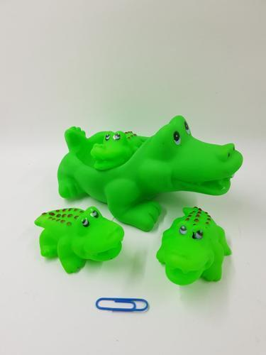 Crocodile Bath Set 4pc 15cm